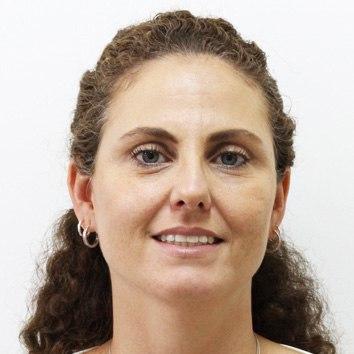 Andréa de Barros Coscelli Ferraz