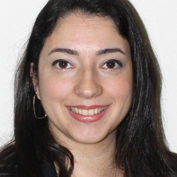 Profª. Drª. Daniela Bucci