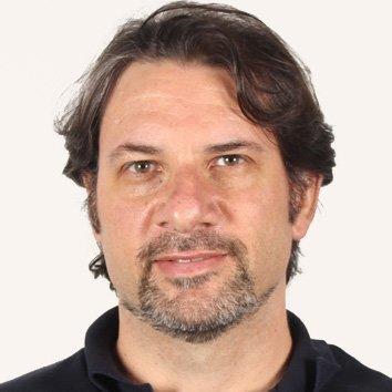 Professor Eduardo Grossi