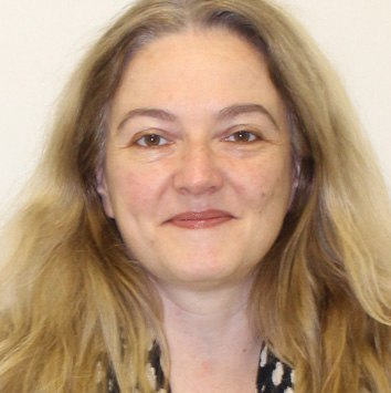 Professor Elaine Guaraldo