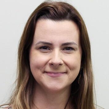 Profª. Mª. Katy Fernandes Brianezi