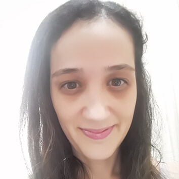 Profª. Drª. Rebeca de Cássia Daneluci